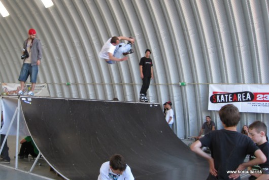 1. Ba street skate a inline