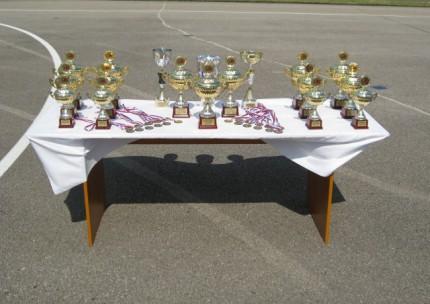 Prvé majstrovstvá na dráhe.