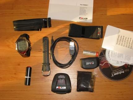 ...hodinky,GPS, hrudný pás, irda, CD-čka, manuál..